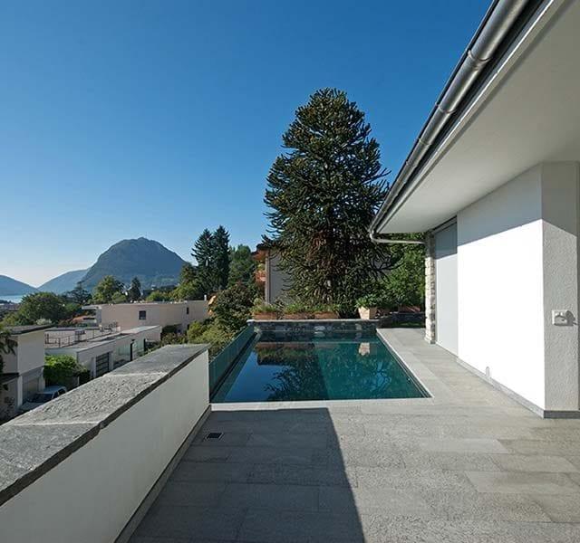 Pavimentazione e piscina in Gneis Onsernone