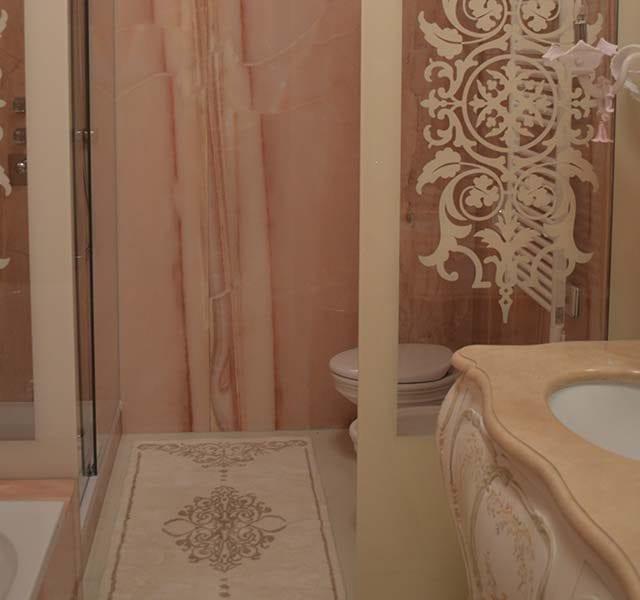Parete in ceramica resinata Precious Stone 300x150 cm