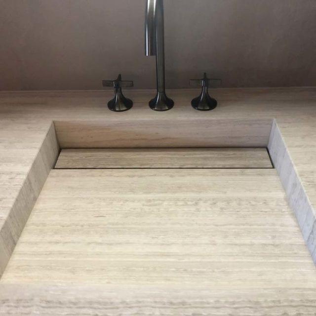 Top bagno marmo Serpeggiante Silver